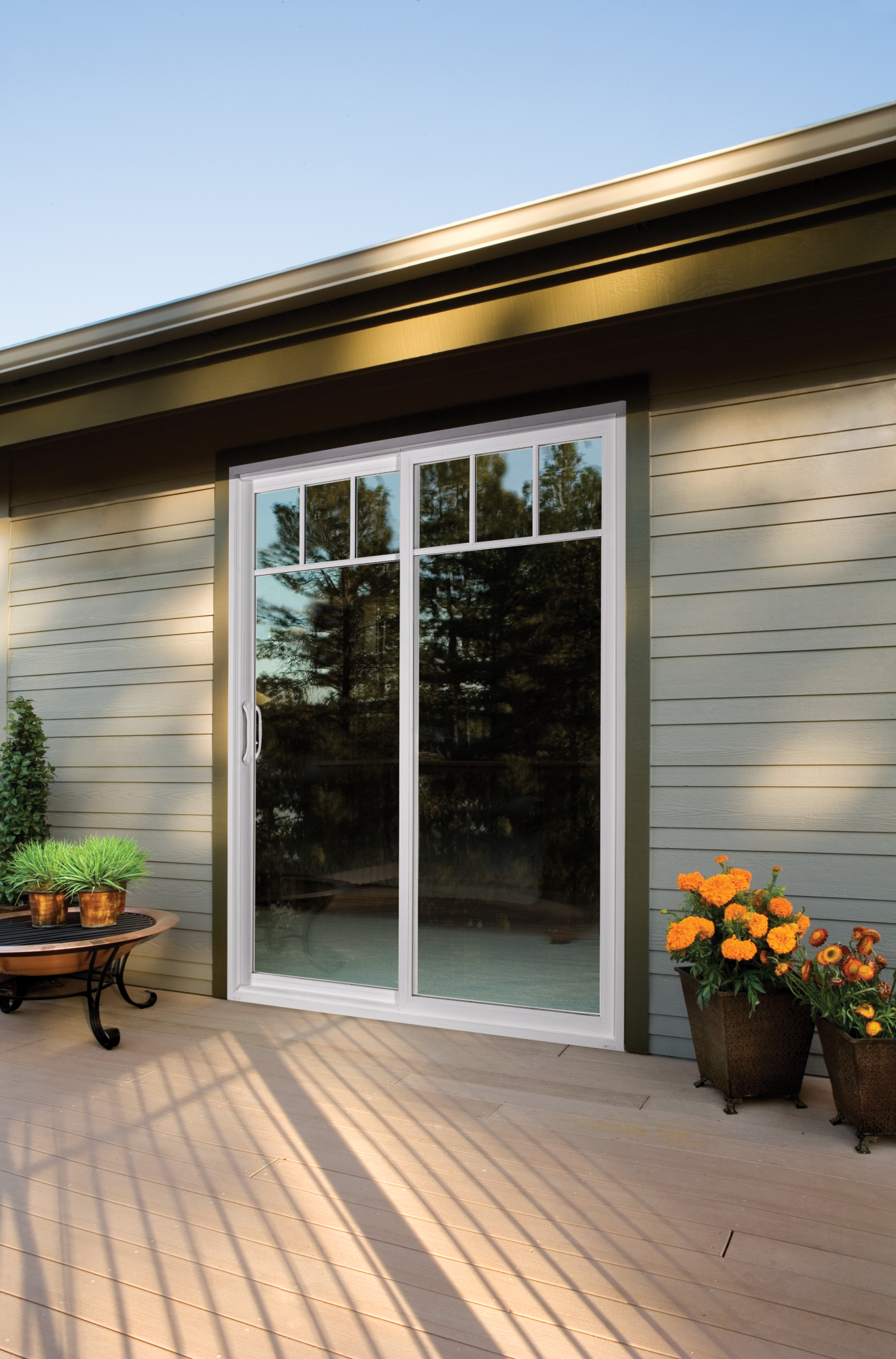 Premium vinyl sliding patio door jeld wen windows doors options planetlyrics Gallery